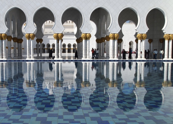 Sheikh Zayed bin Sultan al-Nahyan Mosque in Abu Dhabi, UAE