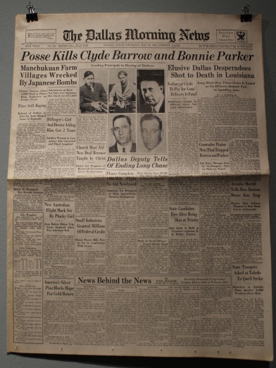 Posse Kills Clyde Barrow and Bonnier Parker