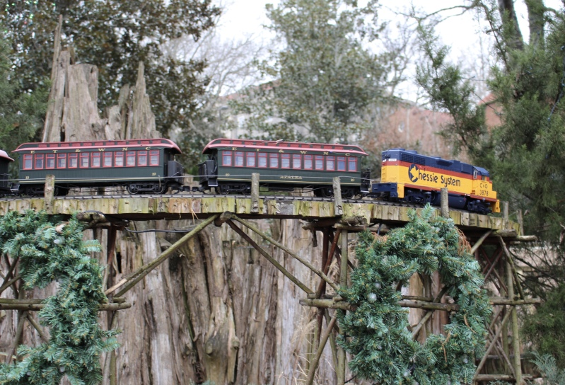 trains at Cheekwood
