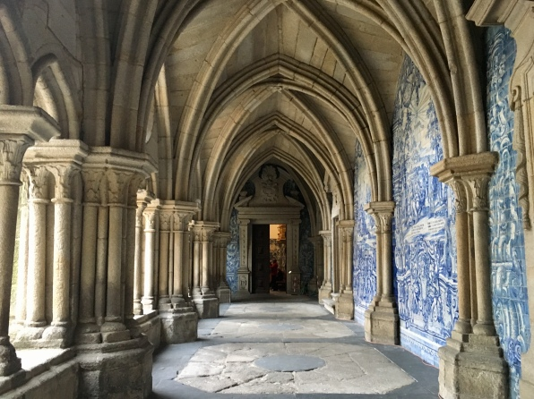 cloister in Sé do Porto