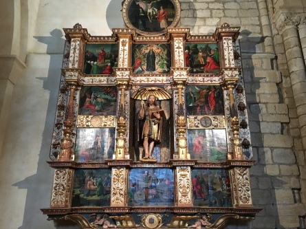 Inside Iglesia de Santiago at Carrión de los Condes