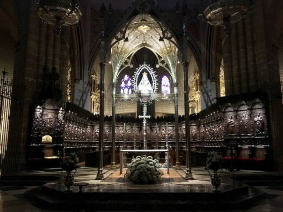 inside the Cathedral of Santa María