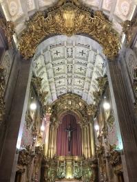 inside Igreja de Santa Cruz