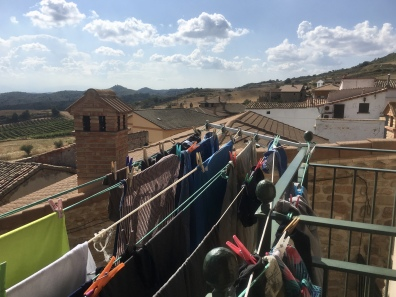 laundry line at Villamayor de Monjardín Albergue