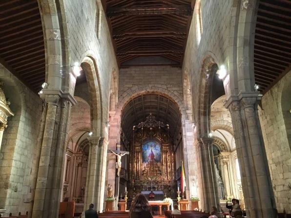 inside Igreja de Nossa Senhora da Oliveira