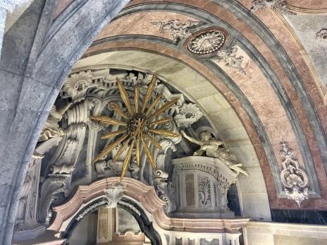inside Torre dos Clérigos