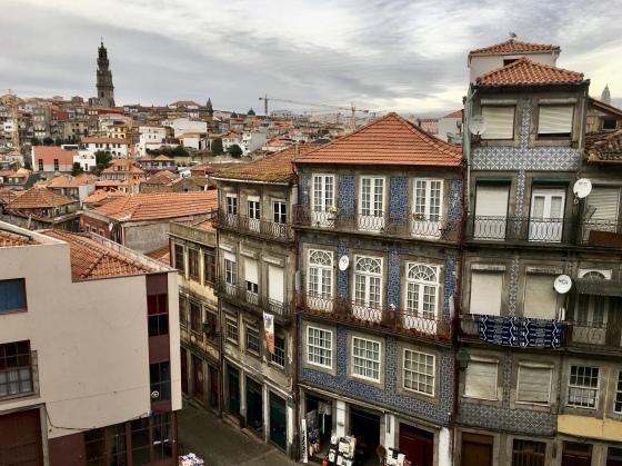 Porto streets from Sé