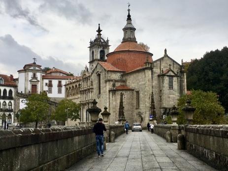 across the Ponte de São Gonçalo to Igreja de São Gonçalo
