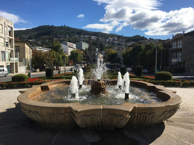 fountain in Guimarães