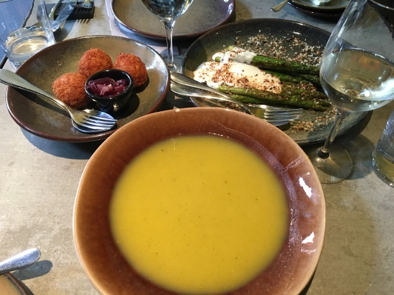 soup, codfish cakes and grilled asparagus for lunch at Restaurant San Domingo