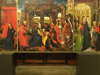 triptych in museum