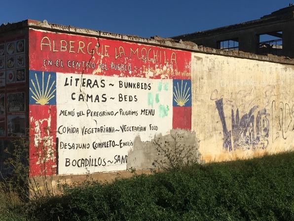 Albergue sign