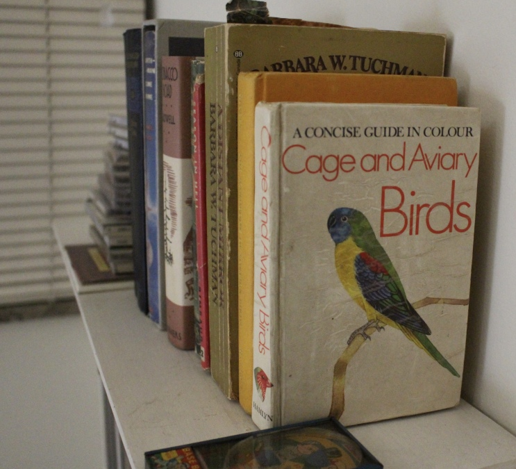 A Concise Guide in Colour: Cage and Aviary Birds