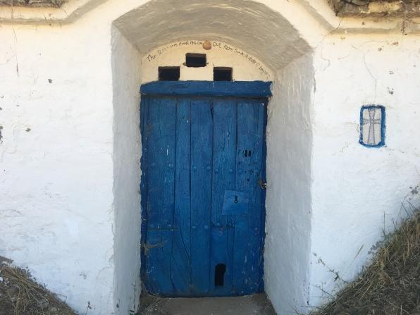 door in Las Bodegas de Moratinos