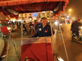 cyclo driver in Hanoi