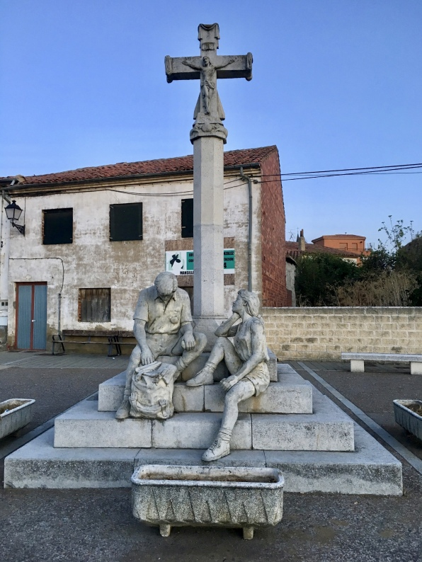 sculpture in Mansilla de las Mulas