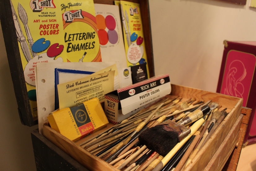 Lettering enamels and paintbrushes