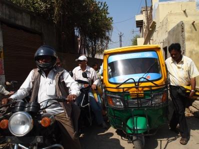 chaos of Varanasi