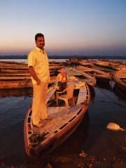 sunrise boat ride on the Ganges with Ajay