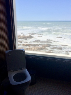 the toilet at Cabestan