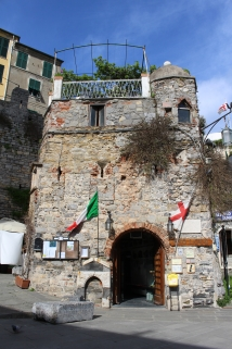 the old gate to Portovenere