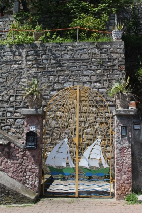 a nautical gate on the way to our car from Portovenere