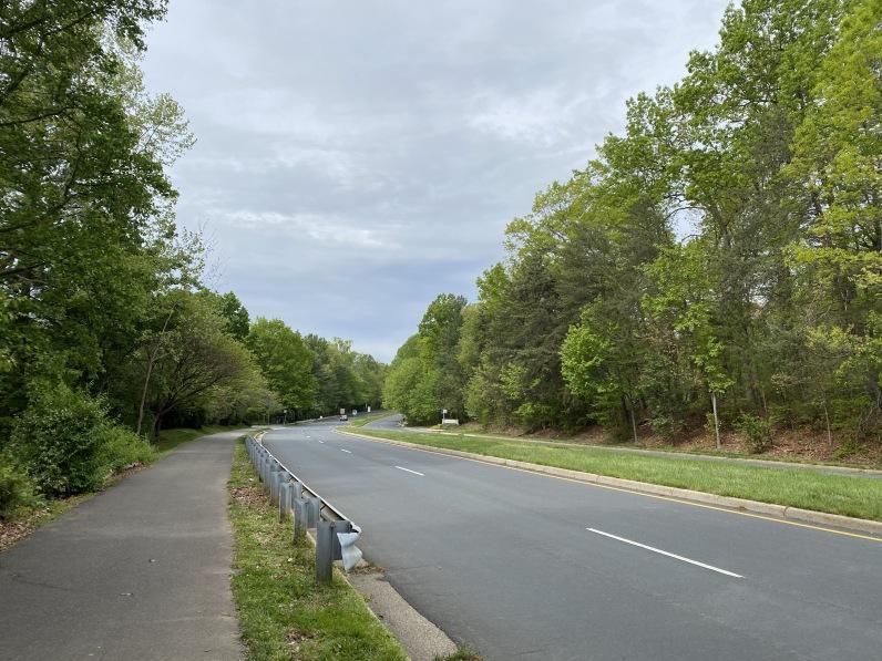 South Lakes Drive