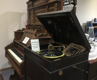 organ and record player
