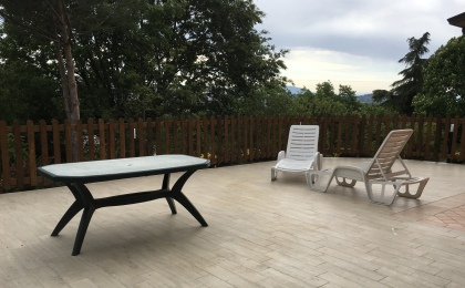 Perugia Airbnb patio