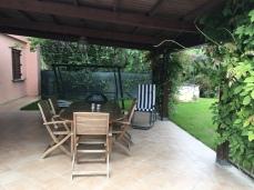 Perugia Airbnb covered patio