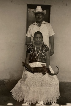 Padrinos del lagarto (The Alligator's Godparents), Juchitán, 1986