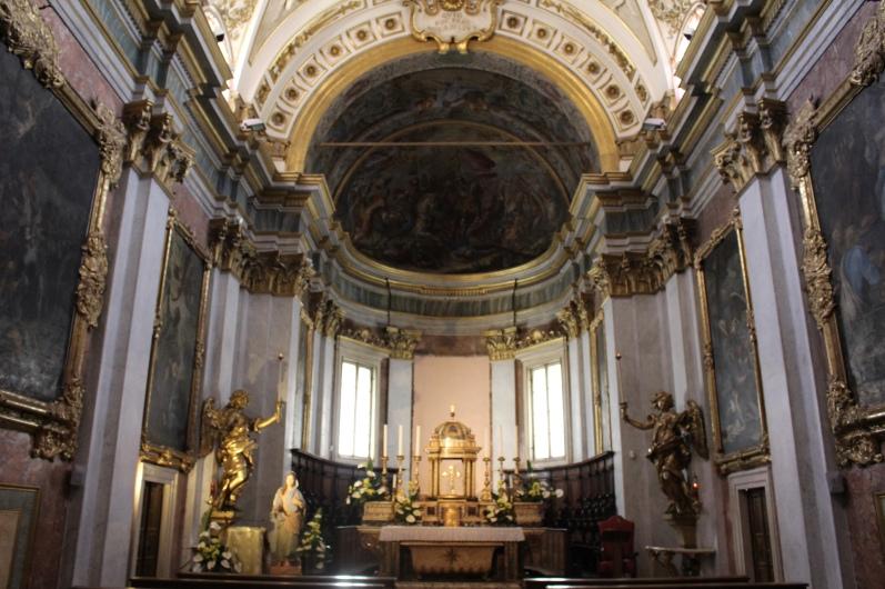 inside Cattedrale di San Rufino