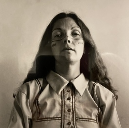 Autoretrato como Seri (Self-Portrait as Seri), Sonoran Desert, 1979