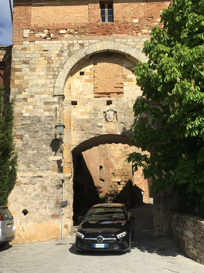 we squeeze through Porta al Prato
