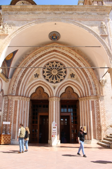 exiting the Basilica di San Francesco