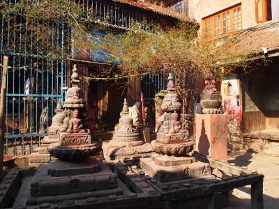 holy statues near the hidden temple