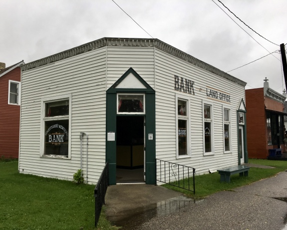 Land Office Bank