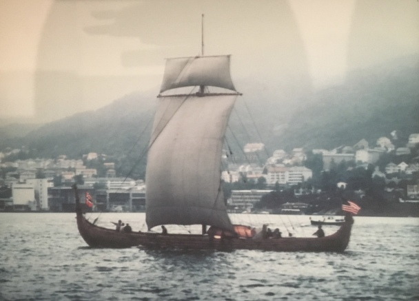 Hjemkomst Viking Ship sails into Bergen