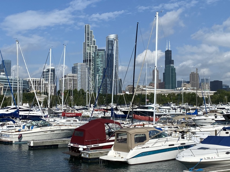 marina along the lakefront