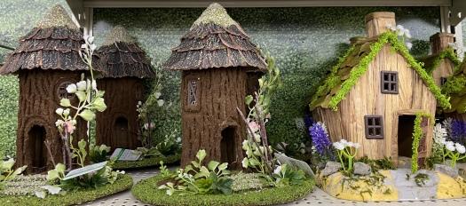 miniature bird houses
