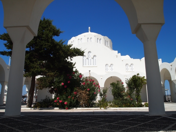 Orthodox Metropolitan Cathedral in Fira